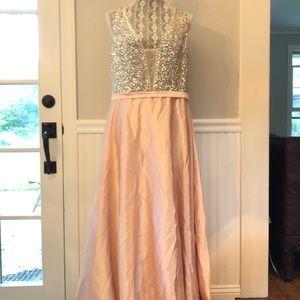 Dresses & Skirts - Blush bedded full length lined evening dress Plus